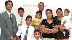 東加,摩爾門家庭