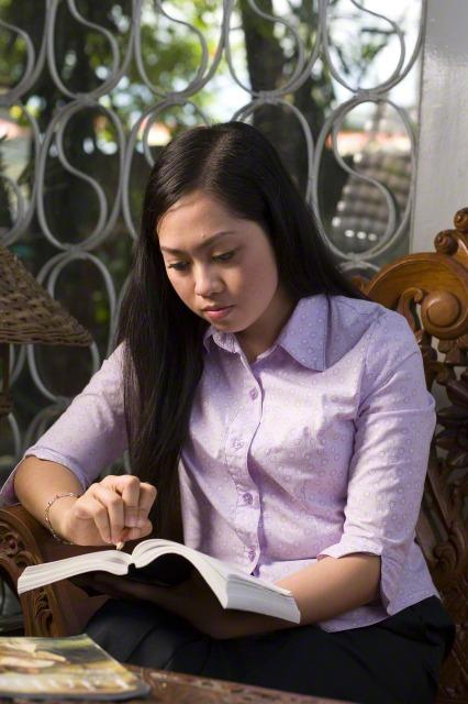 女性在聖職中扮演的角色